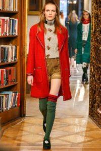 chanel-cara7-maglione-e-shorts-chanel-r